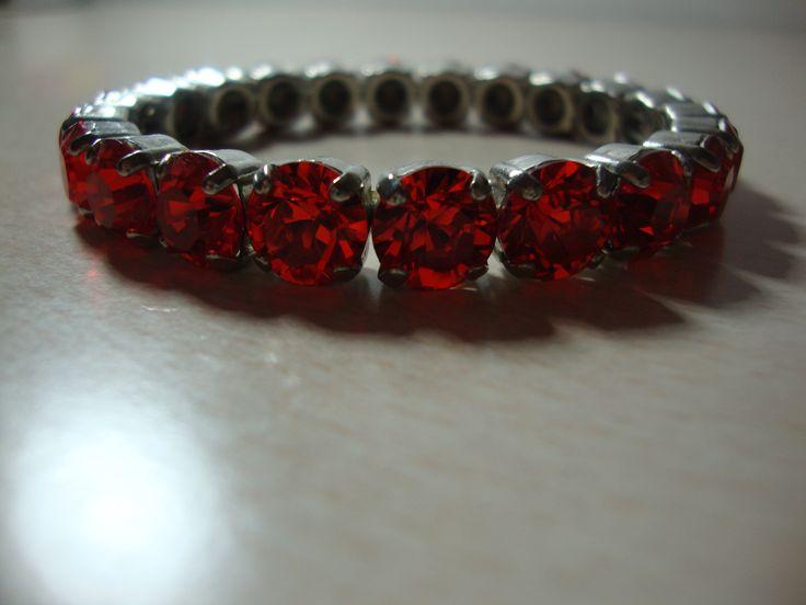 Beautiful swarovski bracelette