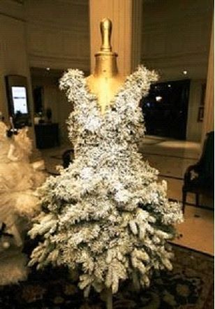 christmas tree form dress | If you don't like the way you look, perhaps a mannequin is to ...