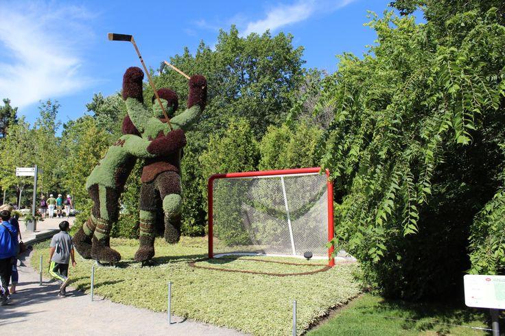 Hockey aux Mosaicultures du Canada 150 au parc Jacques-Cartier à Gatineau