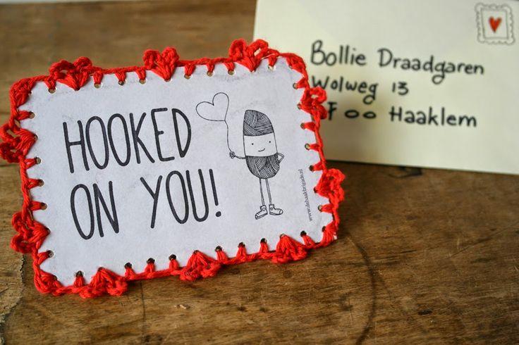 Haken voor kinderen: GRATIS PATROON Valentijnskaart met gehaakte hartjes