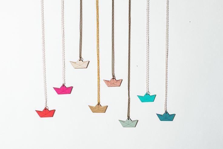 Pendentif #bateau en papier #origami de nice nice nice sur DaWanda.com                                                                                                                                                     Plus