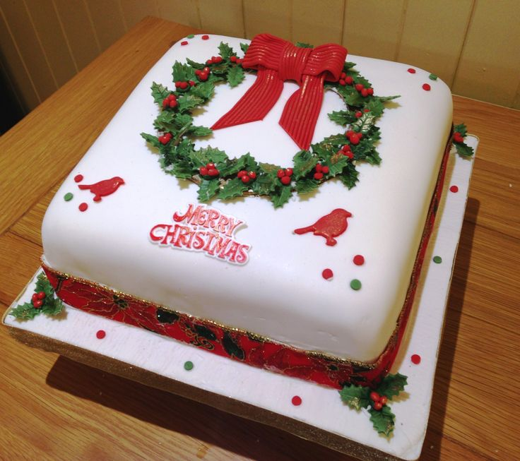 Christmas Cake Decoration Holly : Holly Wreath Cake - Rich fruit cake covered with marzipan ...