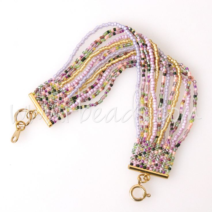 DIY Herringbone bracelet with Miyuki Delicas