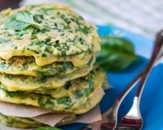 Pancakes aux épinards et mascarpone pour repas au bord de l'eau : http://www.fourchette-et-bikini.fr/recettes/recettes-minceur/pancakes-aux-epinards-et-mascarpone-pour-repas-au-bord-de-leau.html