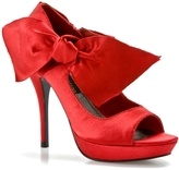 Red...oh Red....: Pumps Heels, Bows Pumps, Red Hands, Radiant Red, Red I M, Ravish Red, Big Red, Red And Bows, Red Bows