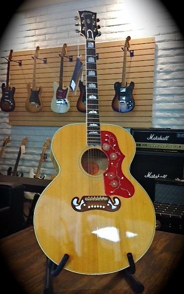 Americana Vintage Guitars