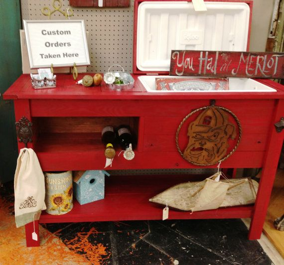 Barn wood Cooler Console / Wine & Beer Table / Outdoor Bar or Ice Chest / Rustic Cooler with Cast Iron Hardware / Indoor or Outdoor