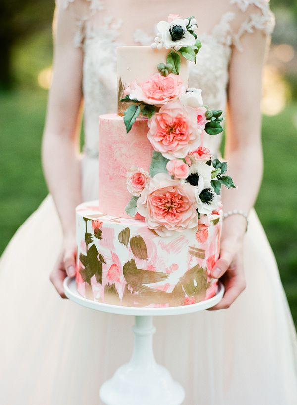 Unique wedding cake   Blush, gold & green   #weddingcakes