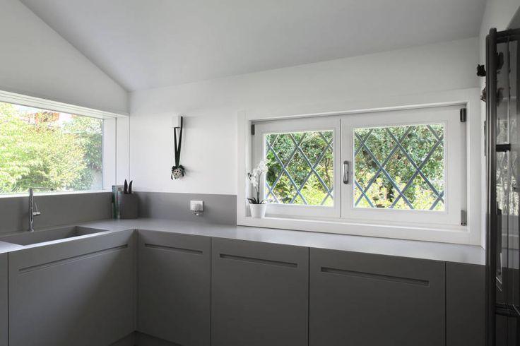 Sfoglia le immagini di Cucina in stile in stile Minimalista % di C House. Lasciati ispirare dalle nostre immagini per trovare l´idea perfetta per la tua casa.