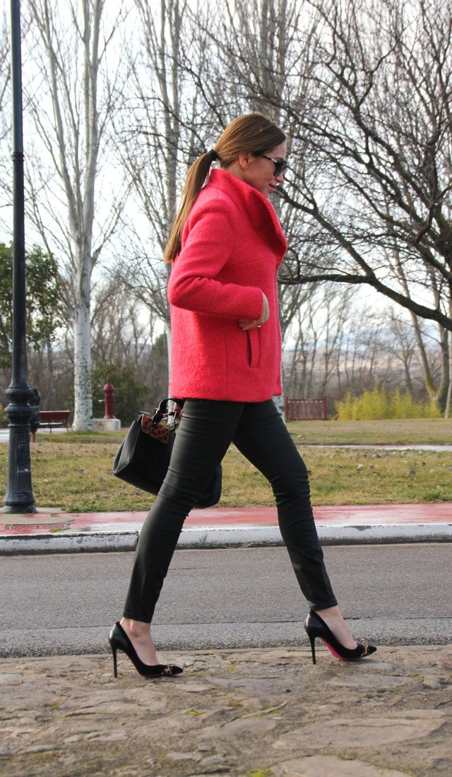 Red Coat. Pistas de mi armario