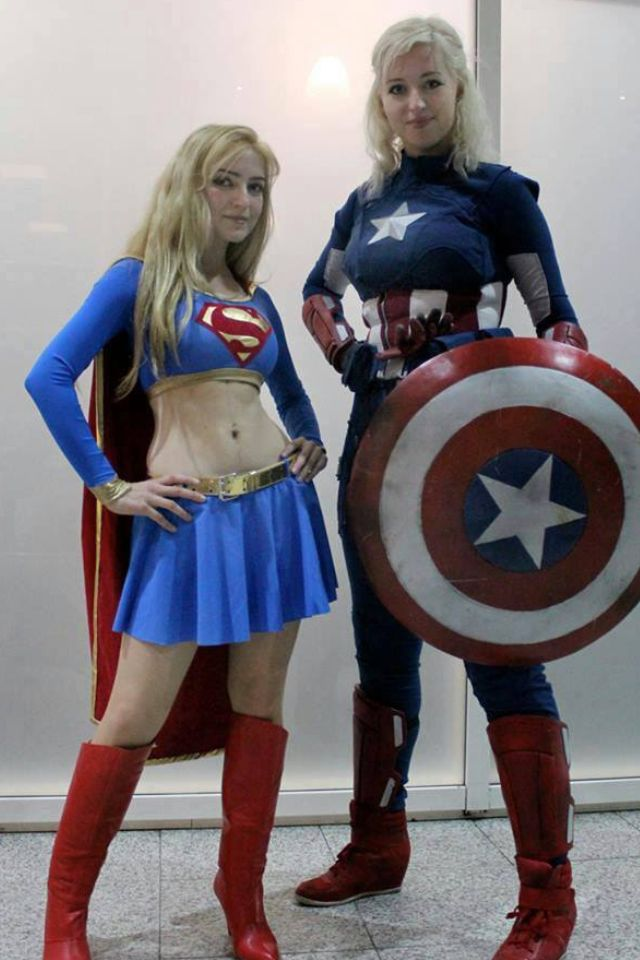 Supergirl and Femme Captain America CosPlay I love me