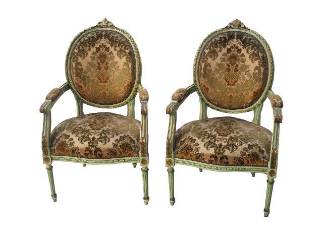 Par de Sillones individuales Luis XVI totalmente restaurados y retapizados. ¡¡¡impecables!!! www.larueda.com
