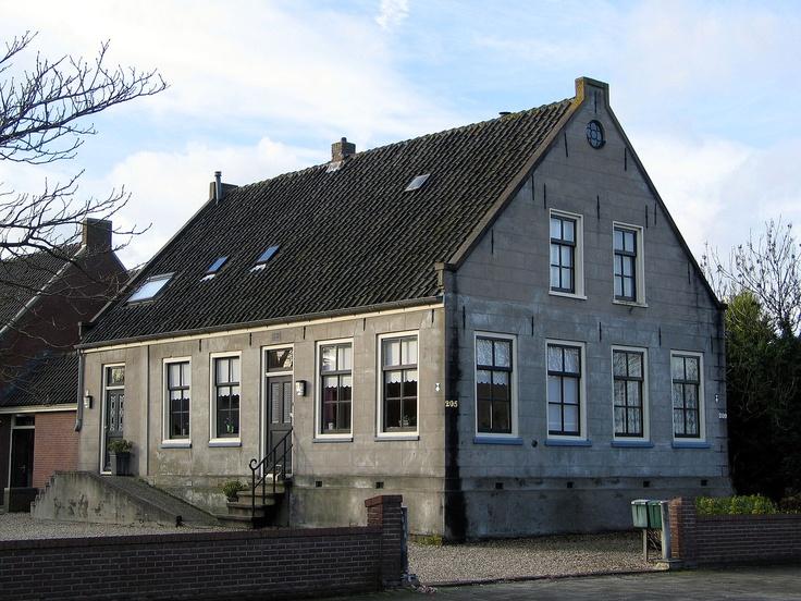 Voormalige boerderij naast de Hervormde Kerk, Herenweg, Vinkeveen