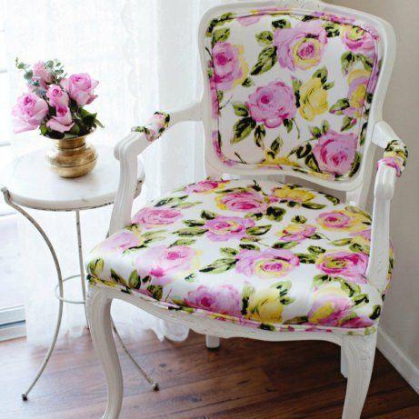 Πώς να Αλλάξετε Μόνοι σας Ταπετσαρία σε Μια Καρέκλα | Φτιάξτο μόνος σου - Κατασκευές DIY - Do it yourself