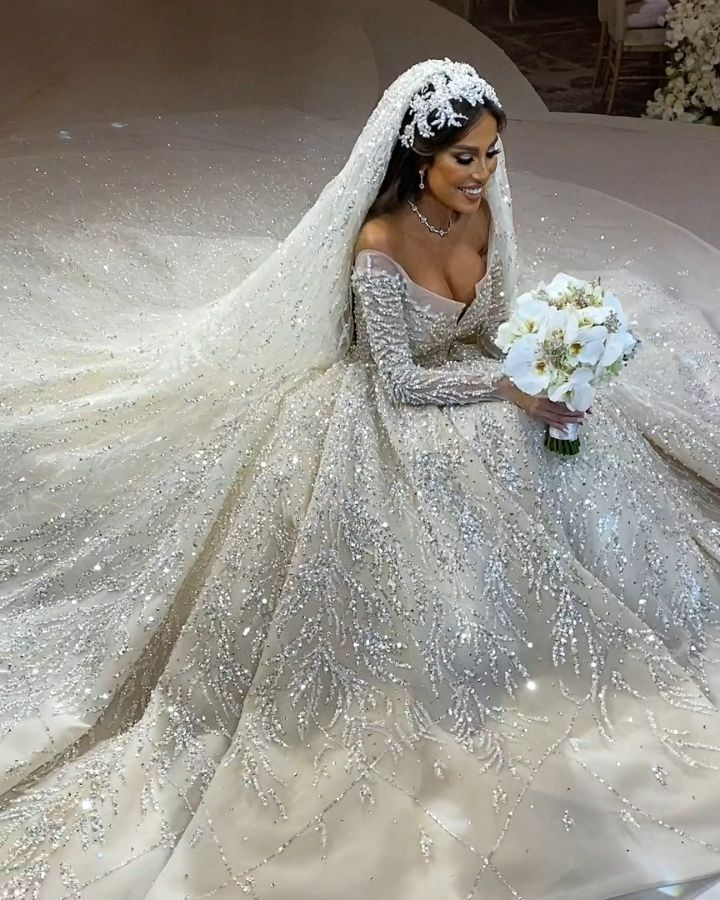 Lebanese Weddings On Instagram Extra Sparkle Please Catch The Full Coverage Of Her Br Fancy Wedding Dresses Extravagant Wedding Dresses Ball Gowns Wedding