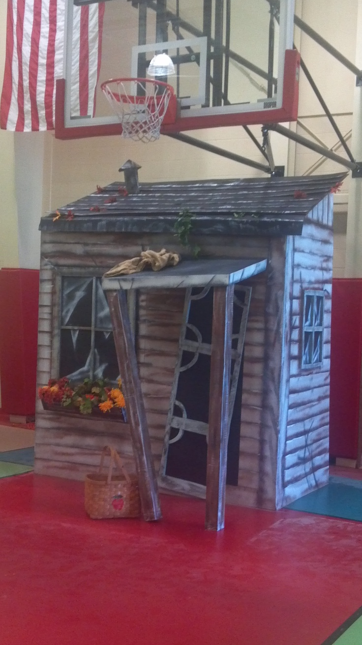 Dorothy's house miniature from the Wizard of Oz set