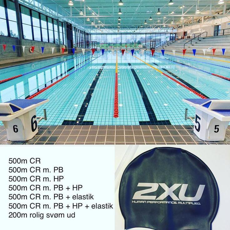 Dagens svømmetræning vel overstået. En times tid i vandet blev det til med et godt styrke og udholdenhedsprogram.  Ryggen holder fortsat og jeg får roligt men sikkert opbygget min ryg/core styrke igen.  #tri #tridk #trilife #træning #triporn #triatlon #triathlon #tritræning #ironmantri #ironmantraining #swim #swimrunbike #swimming #swimmingpool #2xu #2xudanmark #2xudenmark #herlevtriogmotion #htmamigos #htm #roadtoironman #roadtorecovery #myroad2ironman #myroad2recovery #svøm #svømning…