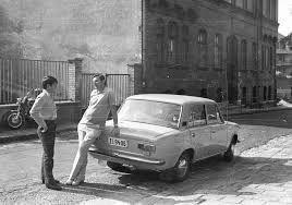 A lada a legnépszerűbb autómárka a wartburg és a trabant mellett.