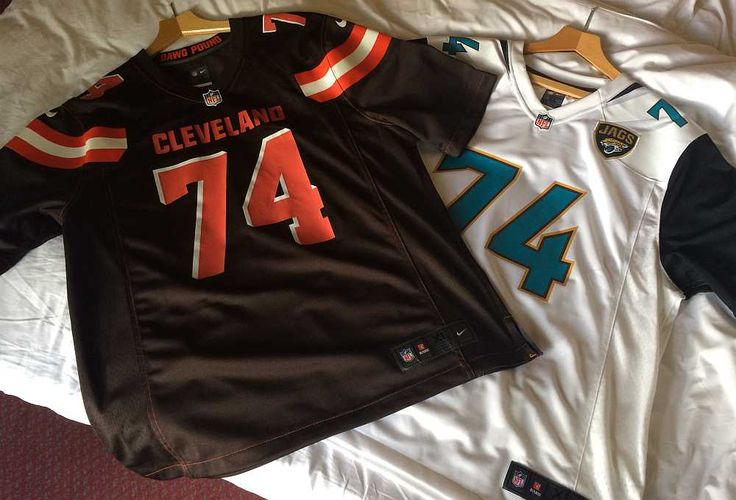 Indianapolis Colts @ Jacksonville Jaguars NFL London 2016 - I just wasn't sure whether to support the Jags or show my true colours as a Cleveland Browns fan.