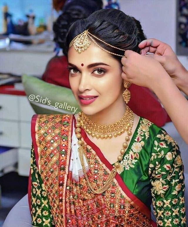 Deepika Padukone Indian Bride Hairstyle Indian Bridal Hairstyles Indian Bridal Makeup