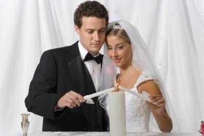 Alternativas para cerimônia da vela da unidade em casamento | eHow Brasil