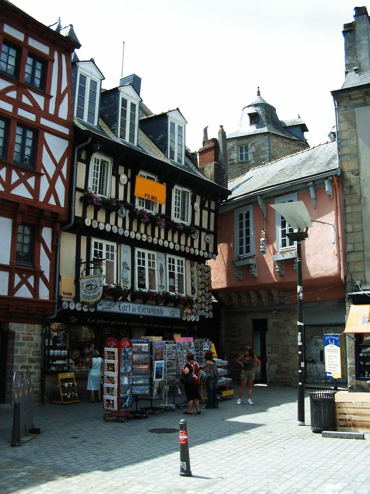 Brittany-Quimper-old houses on the square of the Cathedral of Saint Corentin
