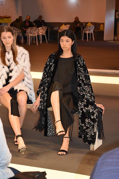 JayLey Catwalk Spring Fair 2016 Black Kimono