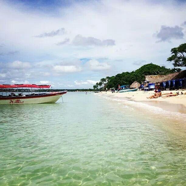 Playa de Isla Barú,  Colombia