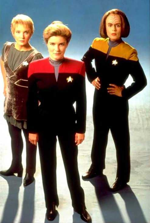 Kes (Jennifer Lien), Captain Janeway (Kate Mulgrew) and B'Elanna Torres (Roxann Dawson) - Publicity Photo
