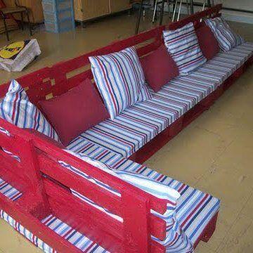 Изготовление диванов из поддонов на заказ в Киеве. Диваны из паллет в кратчайшие сроки любой сложности.