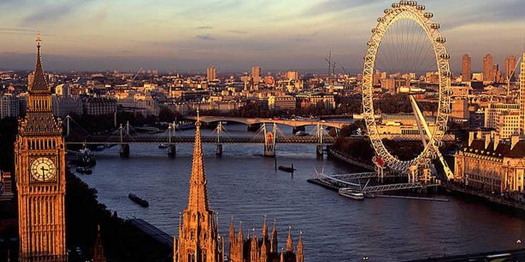 Londen was het afgelopen jaar de meest bezochte hotelstad ter wereld onder Nederlandse reizigers. De Engelse hoofdstad wordt op de voet gevolgd door wereldstad New York en 'de stad van de liefde' Parijs. Weekendje weg naar Londen altijd al populair Dat Londen ook dit jaar weer de titel pakte, was geen verrassing. De afgelopen vier …