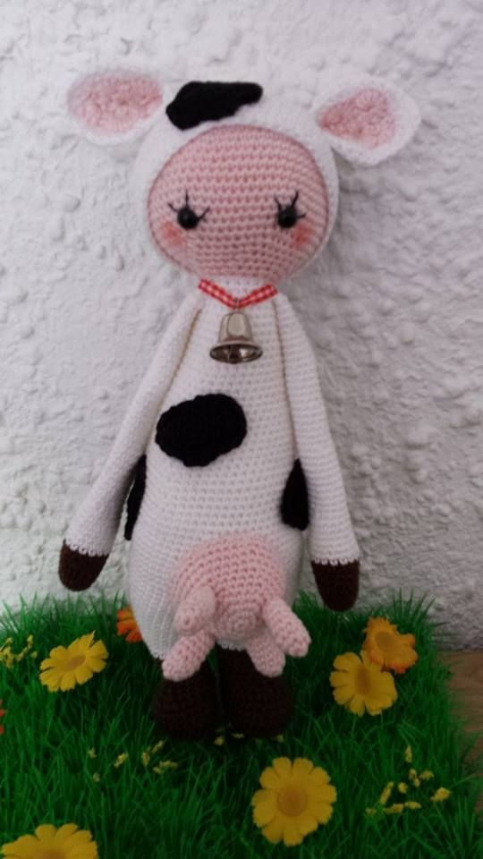 cow mod made by Judith B. / based on a lalylala crochet pattern