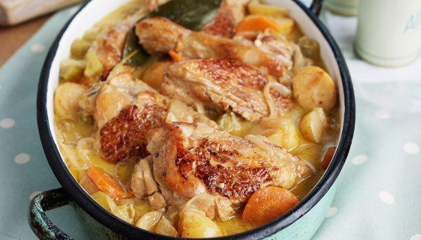 Κοτόπουλο με μανιτάρια και καρότα με κρεμώδη σάλτσα