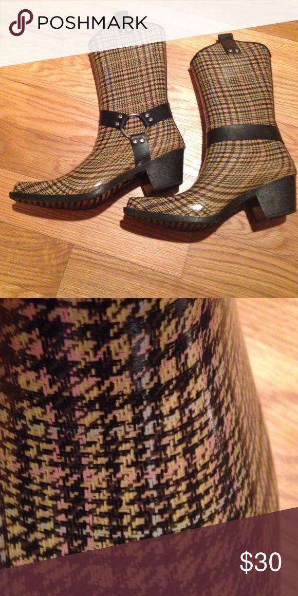 Cowboy Rainboots Brown plaid rubber cowboy rain boots. Nomad footware Shoes Winter & Rain Boots