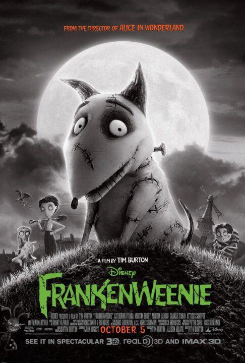 ★★★★★Tim Burton's Frankenweenie (2012) Animatie; Gebaseerd op Tim Burtons gelijknamige korte film uit 1984. Het verhaal draait om de jonge Victor en zijn hondje Sparky. Wanneer de vrolijke viervoeter door een auto wordt aangereden, brengt zijn baasje hem opnieuw tot leven met elektrische impulsen à la Frankenstein. Victor wil zijn creatie voor de buitenwereld verborgen houden, maar dat is niet naar de zin van het kleine monster..