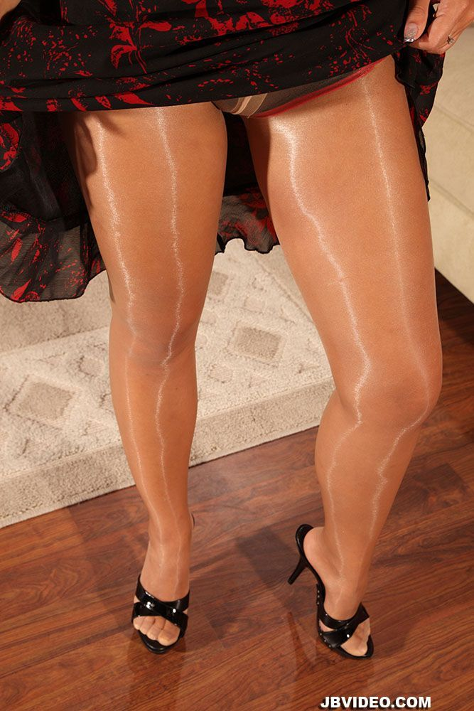 Yes!!..: | MULES | Nylons, pantyhose, Nylon stockings et ...