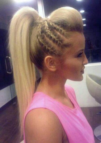 Nice Hairstyles 2581 likes 4 comments voiceofhair stylistsstyles voiceofhair nice hairstyleshairstyle Nice Hairstyle