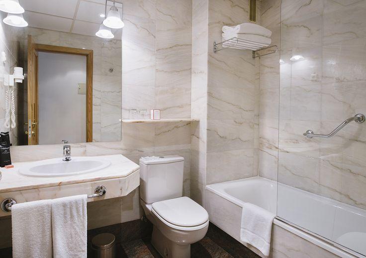 Baño habitación doble - Rafaelhoteles Atocha