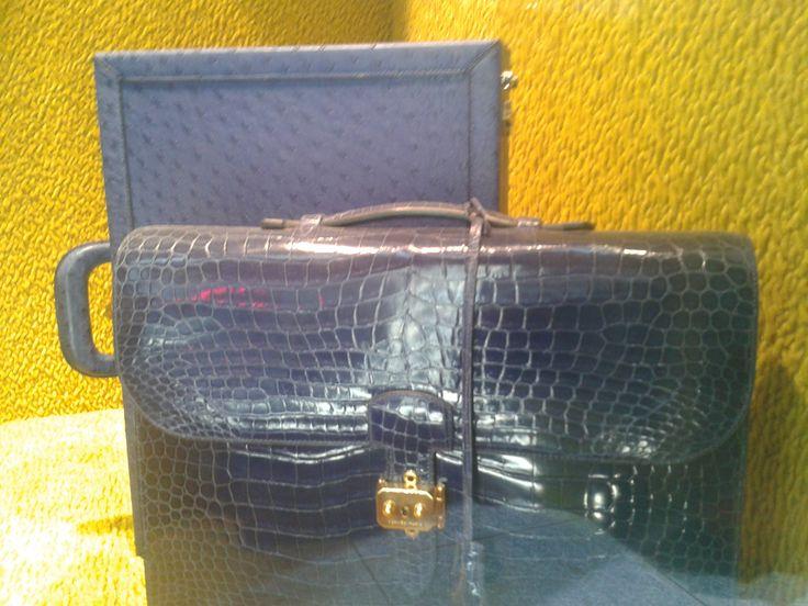 cartable Hermès en crocodile bleu