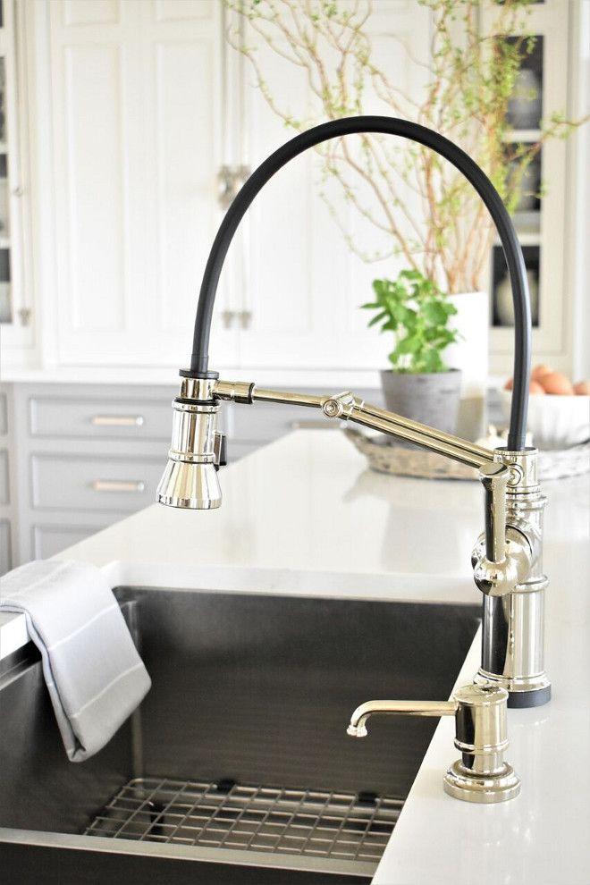 Nantucket-Inspired White Kitchen Design