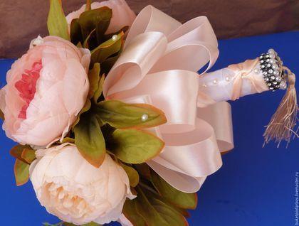 """Свадебные цветы ручной работы. Букет дублер """" Пион с лентами"""". Марина.. Ярмарка Мастеров. Свадебный букет из глины, бутоньерки"""