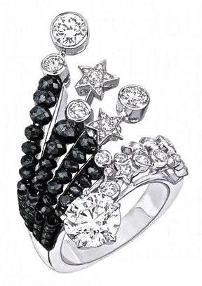Corbett Chanel Series of fine jewelry 1932 Collection. Onyx Diamond Ring