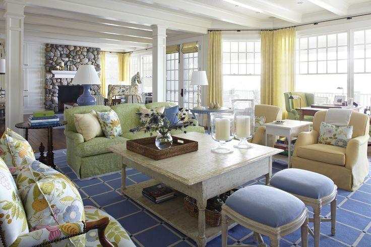 Michigan Summer Home Living Room #TomStringerDesignPartners #TSDP