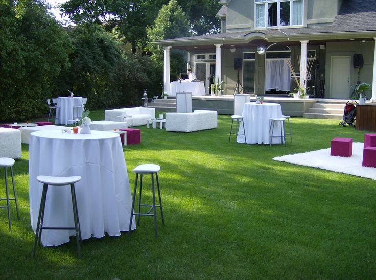 Backyard cocktail party 40th birthday party ideas for Cocktail tables party