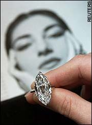 A diamond ring that belonged to Maris Callas