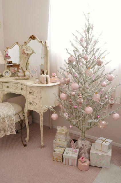 Jennelise: Christmas in My Studio