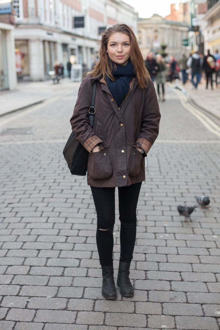 We bumped into Kathryn on a chilly afternoon in York, wearing her trusty Barbour Wax Jacket!
