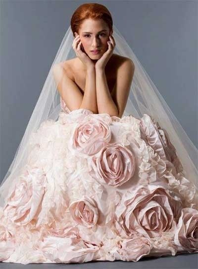Roze trouwjurken en avondjurken van zacht roze tot lila