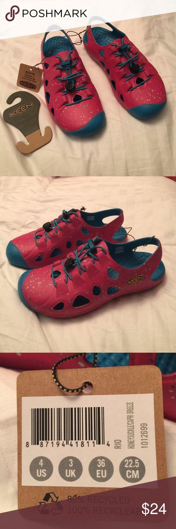 Keen Girls Shoes Awesome girls Keens. Big kids sz 4 Keen Shoes Water Shoes