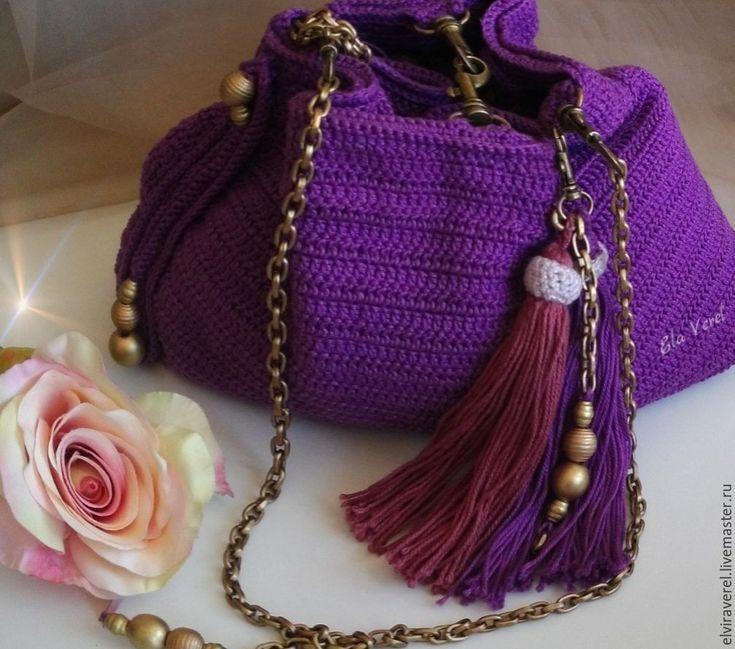 Купить Вязаный комплект сумка+украшение ''ВИОЛЕТТА БОХО-ШИК'' - комбинированный, однотонный, сливовый цвет